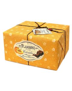 Colomba with apricot cubes and chocolate